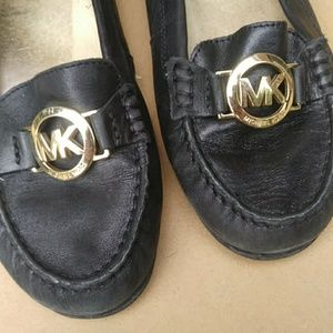 🍁Michael Kors Black Leather Loafers